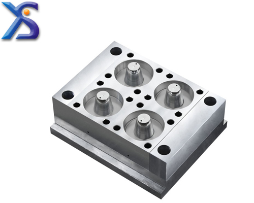 Plastic box mould